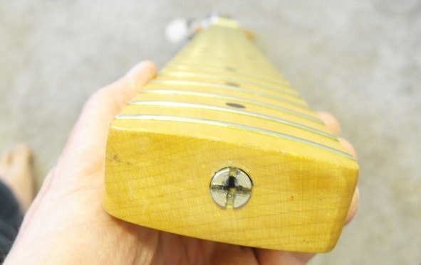 vintage bass guitars and truss rod adjustments ebass. Black Bedroom Furniture Sets. Home Design Ideas