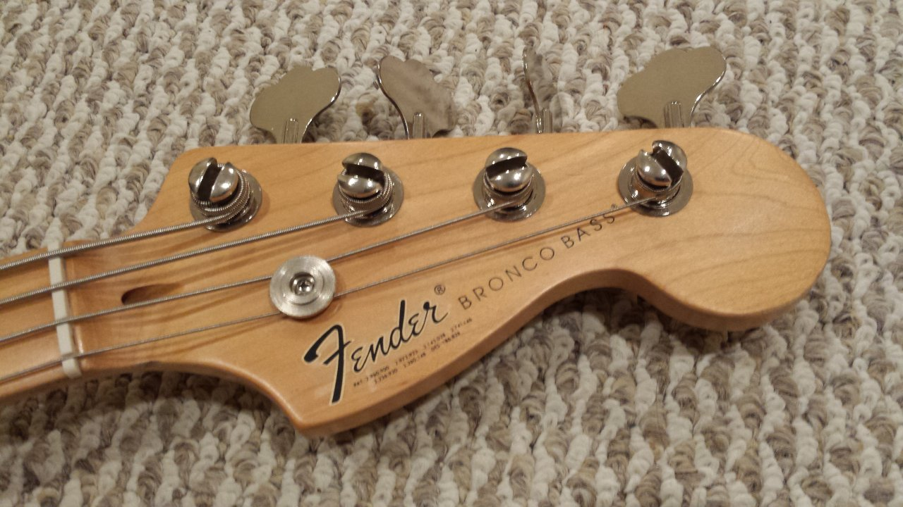 bass of the week modified squier bronco bass ebass. Black Bedroom Furniture Sets. Home Design Ideas